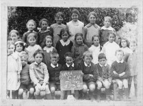 Yarra Glen State School students c.1915